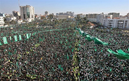 Hundreds of thousands celebrate 20 years of Hamas in Gaza.(Photo : AFP)