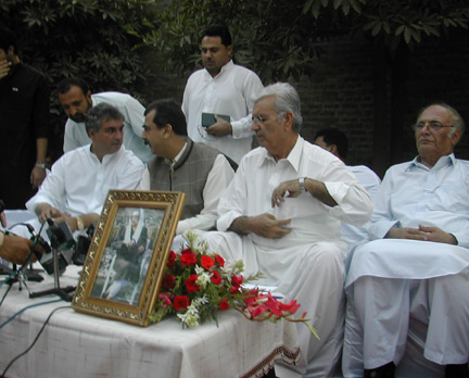 PPP leaders, including Yousouf Raza Gilani, announce the forthcoming return of Benazir Bhutto, Peshawar, September 2007.(photo: Tony Cross)