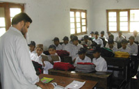 An English lesson at Dar-ul Uloom-Haqqania madrassa(photo: Tony Cross)