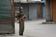 An Indian police officer in Srinigar(Photo: Reuters)