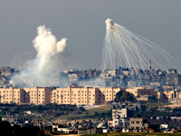 Israeli weapons explode over Gaza in January(Photo: Reuters )