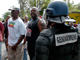 Police and strikers in Guadeloupe(Photo: Reuters)