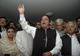 Sharif (C) addresses his supporters in Lahore(Photo: Reuters)
