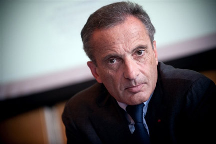 Chairman of Veolia Environnement, Henri Proglio,will take over from Pierre Gadonneix as head of EDF.(Photo: AFP)
