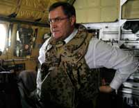 Franz Josef Jung in Afghanistan in 2008(Photo: Reuters)