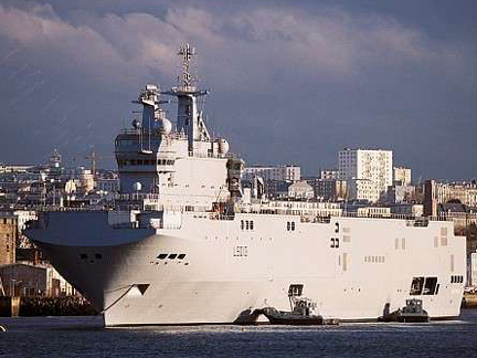 The Mistral docked in Brest(Photo: French Ministry of Defence)