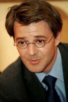 Rfi immigration mayotte dans l il de fran ois baroin for Ministre francais