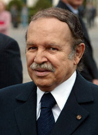 Le président algérien <b>Abdelaziz Bouteflika</b> : cancer de l'estomac? - Bouteflika_2_200