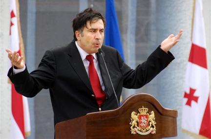 Le président géorgien Mikhaïl Saakachvili s'adressant le 11 août 2008 à son gouvernement.(Photo : AFP)