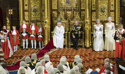 Rfi discours du tr ne brown fait de la stabilit conomique sa priorit - Chambre des lords angleterre ...