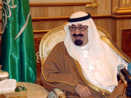 Le roi saoudien Abdallah, ici dans son palace à Riyad, le 14 février 2009, a procédé à un large remaniement ministériel marqué par l'entrée pour la première fois d'une femme au gouvernement, Noura al-Fayez, nommée vice-ministre de l'Education.(Photo : Reuters)