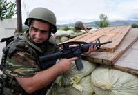 Gürcü askerler güney osetya sınırında foto reuters